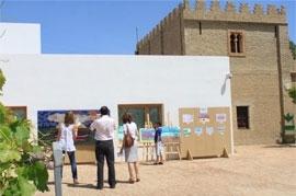 Cerca de 200 personas visitan en el Museo de la Autonomía de Andalucía  la XXV muestra de Artes Plásticas 'Las Palmillas'